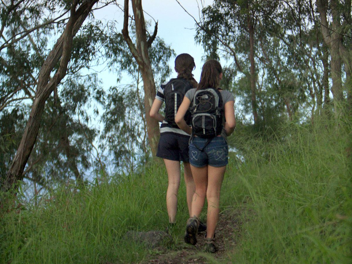 Girls walking bushwalking tracks in Toowoomba